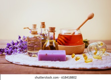 Natural cosmetics from lavender and honey
