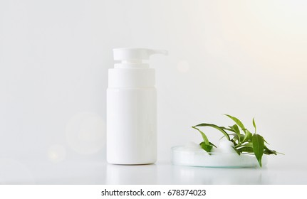 Natural face cleanser, Cosmetics foam pump container.