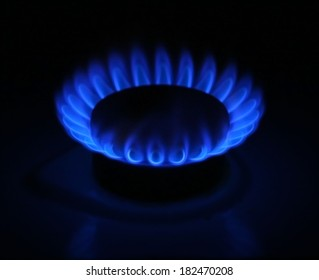 Natural gas burns in the kitchen