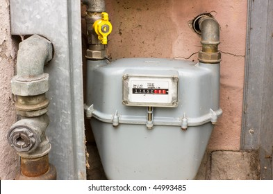 natural gas meter, cabinet with gauge, counter for distribution domestic gas