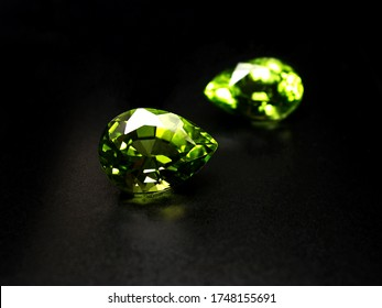 natural gemstone green sapphire, peridot pear shape cutting for gems jewellery fashion setting.