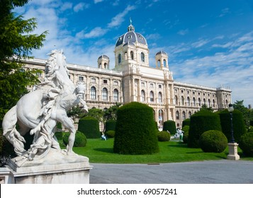 Natural History Museum, Vienna. Sculptures on foreground