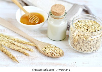 Natural Ingredients for Homemade Oat Body Face Milk Scrub Honey, Beauty Concept Organic Eco, Healthy Lifestyle