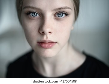 Natural portrait of a beautiful young girl close-up - Shutterstock ID 417584509