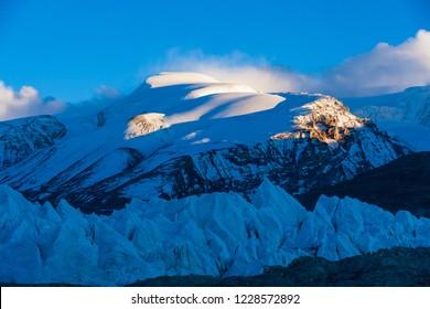 Natural scenery of the Tibetan Plateau