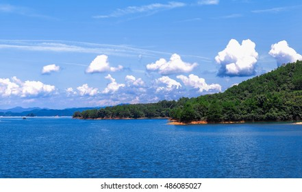 Natural scenery of Xinfengjiang reservior (Wanlu lake) at Heyuan, Guangdong, China. Famous as a tourist attraction and its clear and almost drinkable lake water.