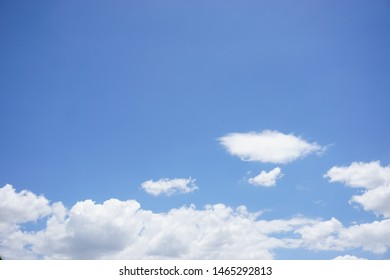 natural sky and white clound background texture, beatiful sky and white clound background.