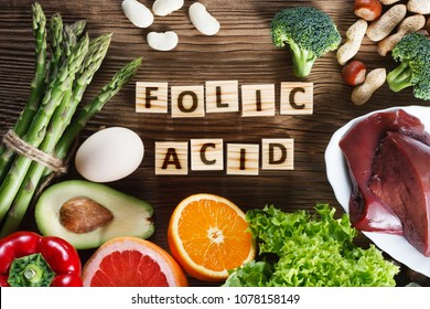 Natural sources of folic acid as liver, asparagus, broccoli, eggs, salad, avocado, paprika, nuts, orange, beetroots and beans