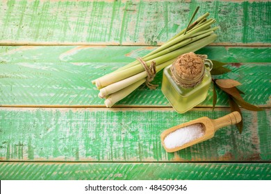Natural Spa Ingredients Lemongrass essential Oil with Aromathera