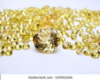 natural yellow sapphire round shape cutting precious gemstone for fashion jewellery