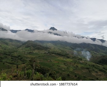 Naturaleza de Colombia imponente montaña
