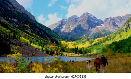 Nature always wears the colors of the spirit <Maroon Bells>