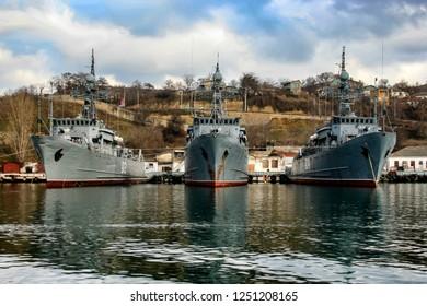 "Natya-class minesweepers ""Ivan Holubets"" (911), ""Turbinist"" (912) and  ""Vice Admiral Zhukov"" (909) of the Russian Navy in Sevastopol Bay. Crimea, Ukraine.  11-02-2006"