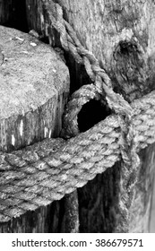 Nautical Rope Ties