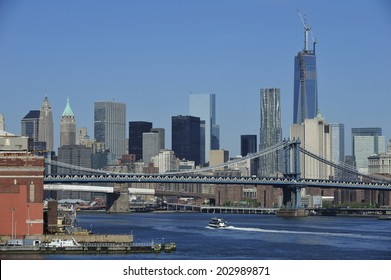 Navy Yard and Manhattan bridge with lower Manhattan skyline, New York