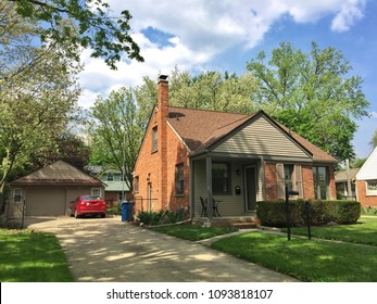 A neat Suburban house in Michigan, USA.