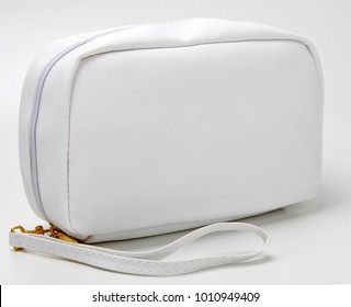 necessaire bag for miscellaneous use, bathroom, travel, toilet, hotel, school supplies