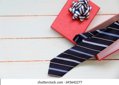 necktie In the gift box Concept Father's birthday gift