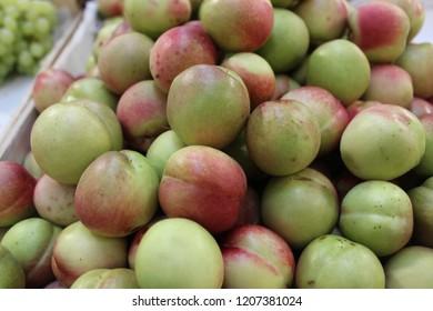 Nectarine fruits in September