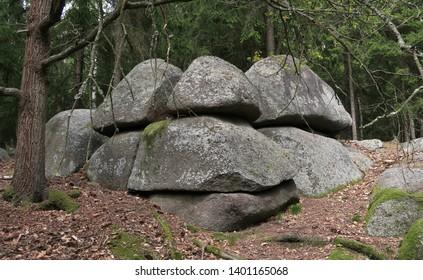 žulový skalní útvar nedaleko Žihle v západní èásti Èeské republiky