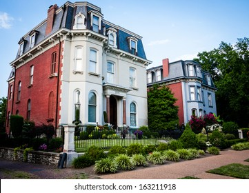 The neighborhood of Lafayette Square, St. Louis, Missouri.
