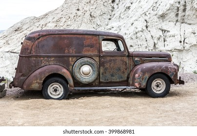 Junk Car Images Stock Photos Amp Vectors Shutterstock