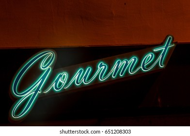 neon gourmet sign