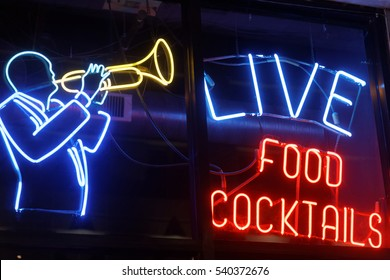 neon sign for jazz club in chicago