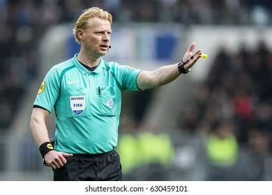 NETHERLANDS, EINDHOVEN - April 23th 2017: PSV vs Ajax in the Dutch Eredivisie football , Kevin Blom referee