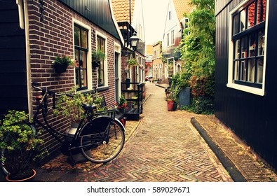 Netherlands. Volendam. Narrow old street in the picturesque fishing village.