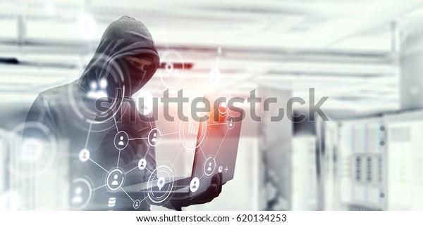 Netzwerk-Sicherheit und Datenschutz-Kriminalität. Gemischte Medien. Gemischte Medien