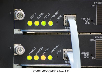 network switch with status led and console cable