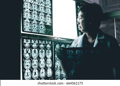 neurologist and MRI