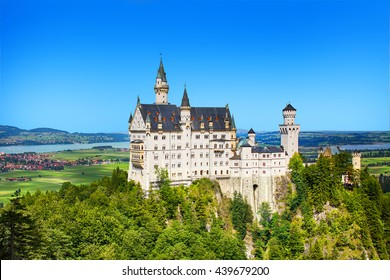 Neuschwanstein castle Bavaria, beautiful medieval castle on the mountain
