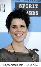 Neve Campbell in attendance for Film Independent Spirit Awards, Santa Monica Beach, Los Angeles, CA, February 24, 2007