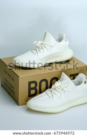 869b0ae6f2a1 New Adidas Yeezy Boost 350 V2 Cream White Release Date 29 April 2017  Bangkok Thailand