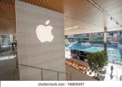 The new Apple store is seen along the Chicago River, in Chicago, Illinois, U.S., October 19, 2017.