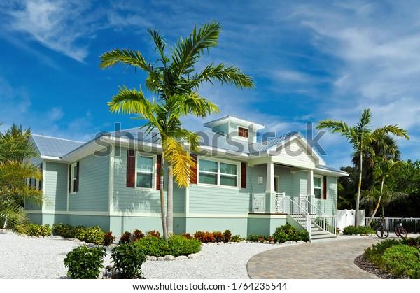 new-beach-house-beautiful-landscaping-60