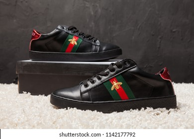 all black gucci sneakers