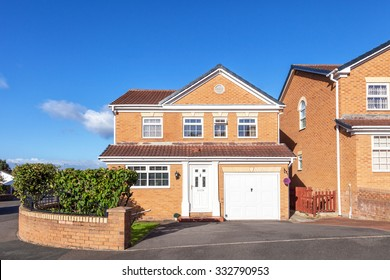 New build english detached house