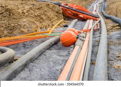 Neue Kabel für schnelles Internet
