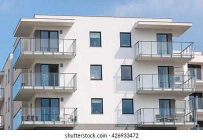 new construction flat