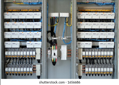 New control panel with static energy meters and circuit-breakers (fuse)