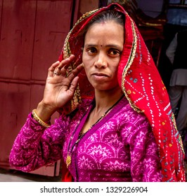 NEW DELHI - INDIA -Feb 7, 2019-Indian girl on the street with daytime clothing near Jaipur.