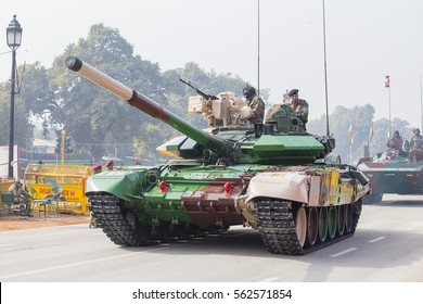 NEW DELHI, INDIA - JANUARY 23, 2017 : Battle Tank and military men take part in rehearsal activities for the upcoming India Republic Day parade. New Delhi, India