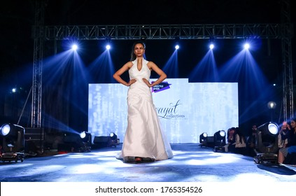 Indian Fashion Show Images Stock Photos Vectors Shutterstock