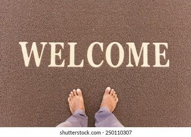 The new doormat of welcome text.