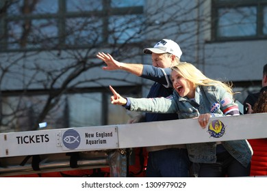 New England Patriots parade to through downtown Boston, Tuesday, Feb. 5, 2019,  Bill Belichick and his girl friend Linda Holliday stretched out six fingers together that means 6 companionships