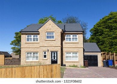 New english detached house with garage