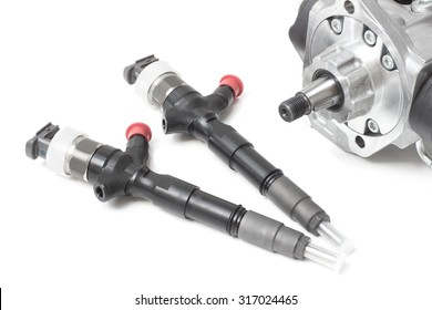 new injectors for diesel fuel with the fuel pump are high davteniya and fuel strap on a white background